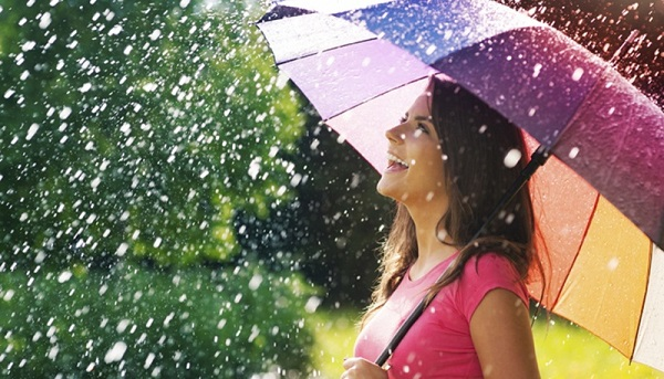 Hair & Skin Care in Rainy Season: ચોમાસાની સિઝનમાં આ રીતે કરો હેર અને સ્કિન કેર- વાંચો આ ટિપ્સ