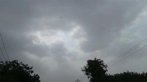 hevay rain