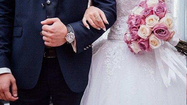 Girlfriend married with boyfriends father: લો બોલો..! યુવતીએ બોયફ્રેન્ડથી બદલો લેવા માટે તેના પિતા સાથે કર્યા લગ્ન, કારણ જાણીને થશે આશ્ચર્ય