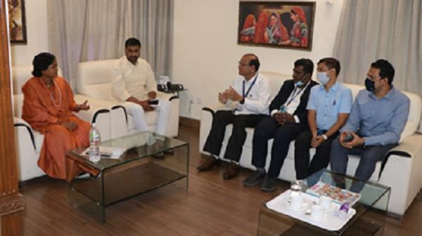 Gujarat FCI Godown: ગુજરાતના જે જિલ્લામાં ગોડાઉન ના હોય ત્યાં આગામી સમયમાં ગોડાઉન બનાવવા અંગે પણ અધિકારીઓ સાથે વાતચીત કરી હતી