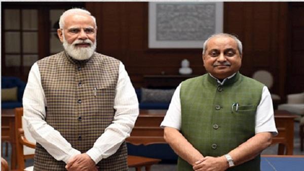 Nitin patel meet PM modi: નીતિન પટેલની દિલ્હીમાં નરેન્દ્ર મોદી સાથે ઓચિંતી મુલાકાત કરી, કેન્દ્ર સરકાર તરફથી મળી શકે છે જવાબદારી