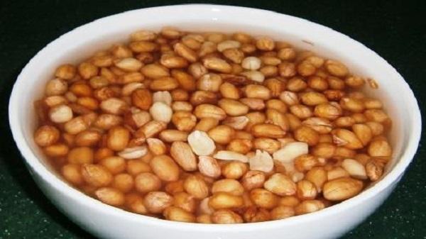 The benefits of steamed peanuts: પલાળી મગફળી બદામ કરતાં પણ વધારે ગુણકારી, જાણો તેના સ્વાસ્થ્ય લાભ
